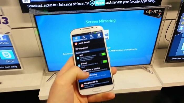 kết nối điện thoại với tivi Samsung